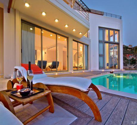 Ilina Real Estate